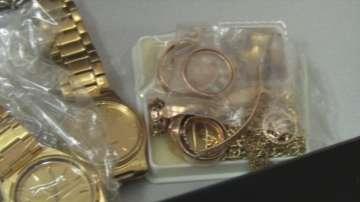 Заловиха почти килограм злато на ГКПП Лесово