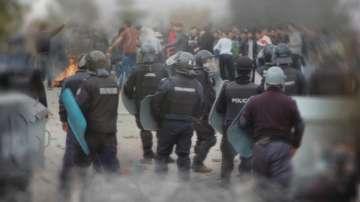Оставиха в ареста афганистанеца, запалил българското знаме