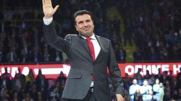 Зоран Заев назначи петима нови министри, става министър на финансите