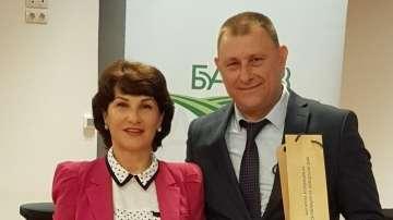 Репортерът на По света и у нас Зоя Велинова получи награда за обективност