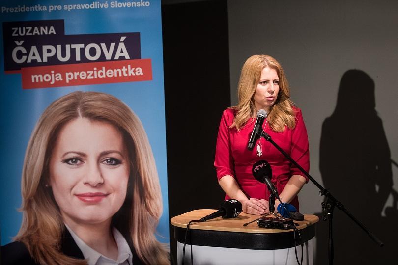 Либералният кандидат Зузана Чапутова печели с голяма преднина първото място